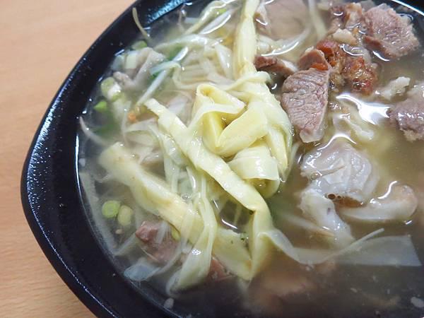 【林口美食】骨仔肉,醬香滷味-軟嫩好入口的骨仔肉