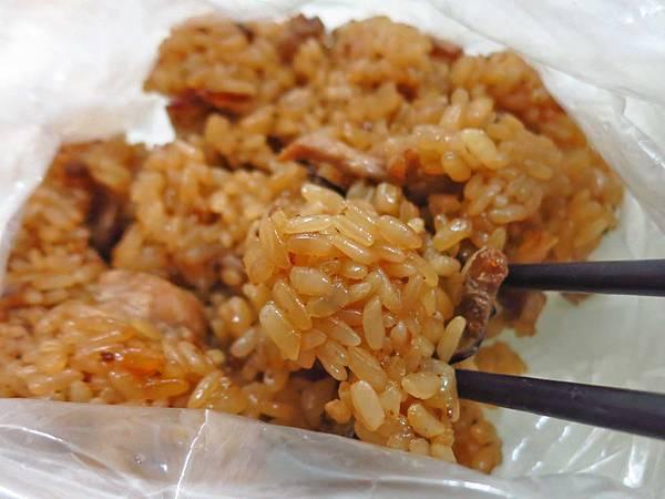 【蘆洲美食】謝家肉羹油飯-粒粒分明的50年老字號油飯