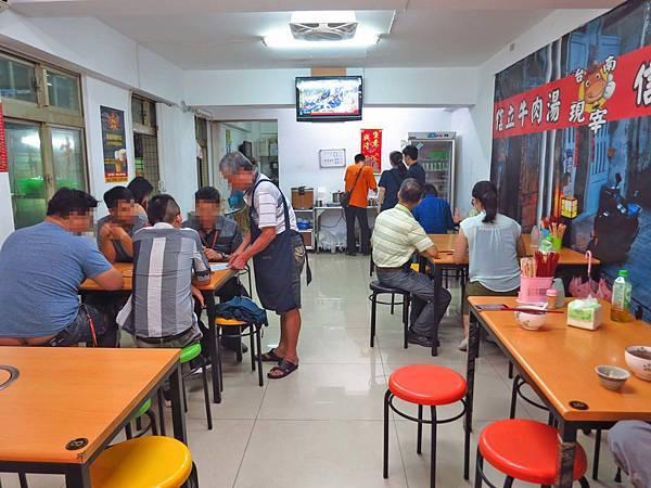 【林口美食】信立牛肉湯-不少網友推薦的台灣牛肉湯專賣店