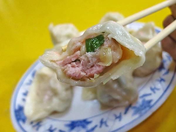 【台北美食】松山市場水餃-隱身在饒河夜市巷弄裡隱藏版美食