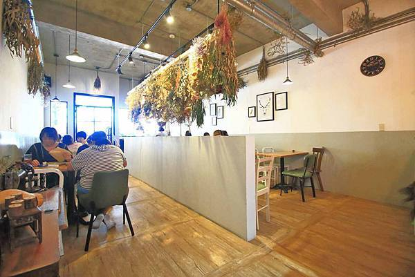 【中和美食】真情樹碳烤吐司-美味又迷人的碳烤三明吐司早午餐店!