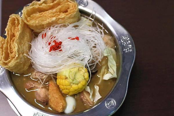 【彰化美食】联亭泡菜鍋-超大份量、用料實在的美味小火鍋