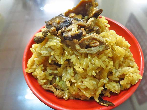 【台北美食】牯嶺油飯-網路評價極高的美食小吃店