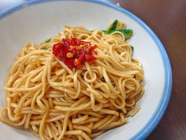 【桃園美食】高雄汕頭麵-吃了令人難忘的麵條