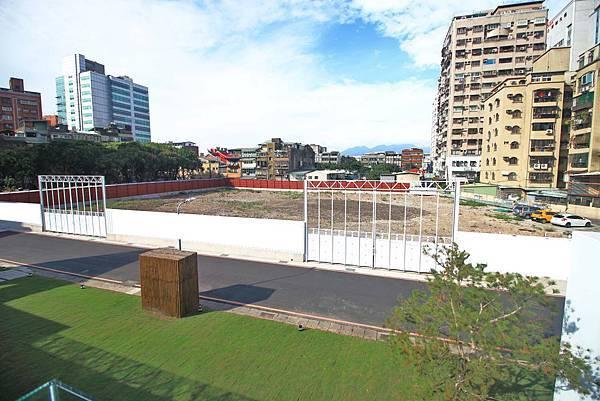 【台北建案】城市莊園-寧靜的巷弄裡,有如莊園一般的花園綠地,豪宅等級的建築工法,交通便利的雙捷運宅