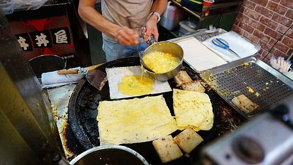 【台北美食】大四方蛋餅-排隊從來沒有斷過的超強美食店家