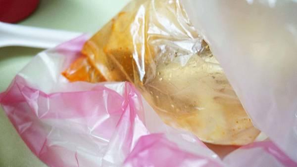 【台北美食】舊石牌火車站前張家臭豆腐-在地人極力推薦的臭豆腐店