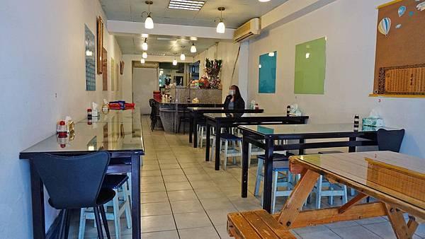 【台北美食】築地平價日式料理-捷運站旁超級便宜的生魚片丼飯