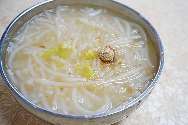 【台北美食】北投古早味米粉湯-便宜又美味的米粉湯小吃