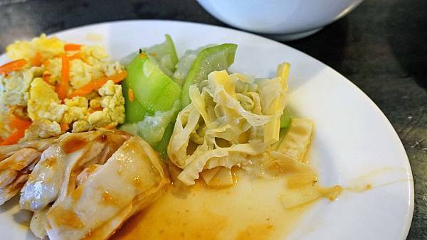 【中和美食】月星擔仔麵土雞肉-便宜又美味的土雞肉飯