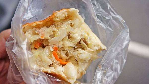 【三重美食】李記素食水煎包-CP值爆表!跟拳頭一樣大的水煎包1顆6元