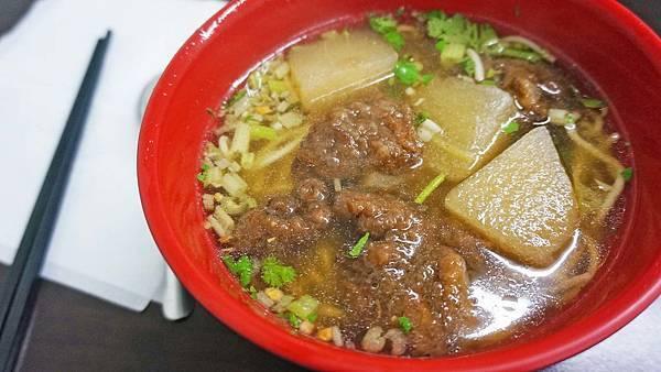 【淡水美食】阿姨麵攤-附近住宿、學生們都喜愛的美食小吃店