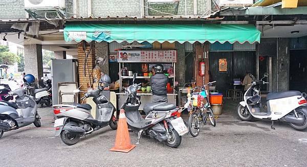 【三重美食】三重尤魚羹-超過25年老字號美食小吃店!20元就能吃到的銅板美食