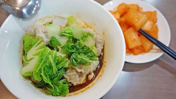 【台北美食】富久湯圓大王-位於熱鬧市場附近巷弄裡的美食