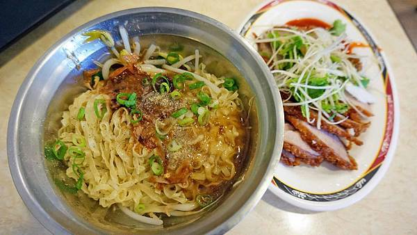 【台北美食】阿妹麵店-好吃又美味的平民小吃店
