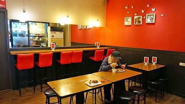 【台北美食】黑滷魯肉飯-令人著迷的美味滷肉飯