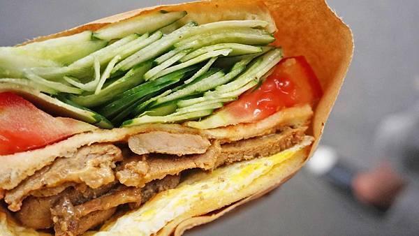 【台北美食】阿姐的店碳烤三明治-超大份量!比一般還要大二倍的碳烤吐司