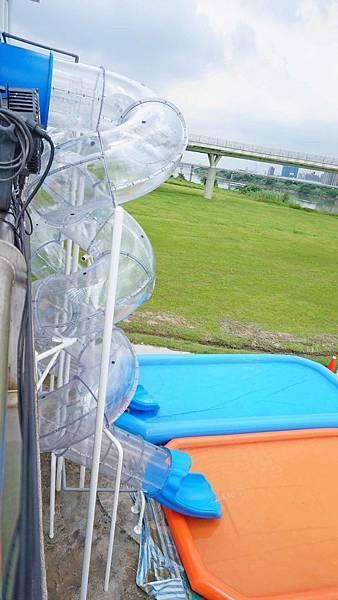 2019新月水道節,免門票讓你免費玩大型水上遊樂設施及超高樓層滑水道