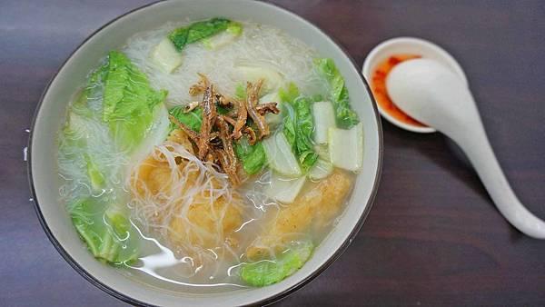【台北美食】SGP 新加坡美食-隱身在巷弄裡超大份量的新加坡美食