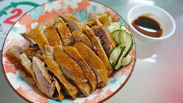 【新竹美食】鴨肉許(許二姊)-還沒用餐時間就座無虛席,還要排隊才能吃到
