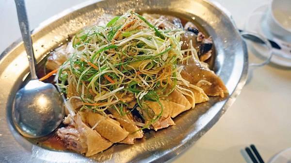 【五股美食】碧瑤山莊-觀音山裡的美味土雞、環境極佳的餐廳