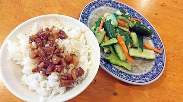 【台北美食】芝山鵝肉切仔麵-絕無僅有的10元魯肉飯10元切仔麵