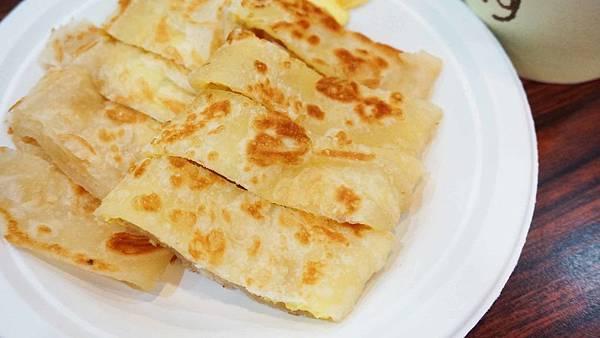 【花蓮美食】府前食坊-在地人都讚不絕口的美味蛋餅