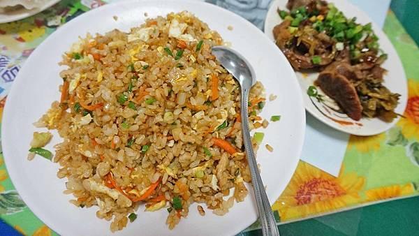 【花蓮美食】魏記麵店-好吃到爆表的美味炒飯