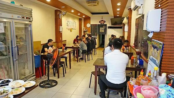 【台北美食】虎咬豬-附近上班族都讚不絕口的傳統美食小吃店
