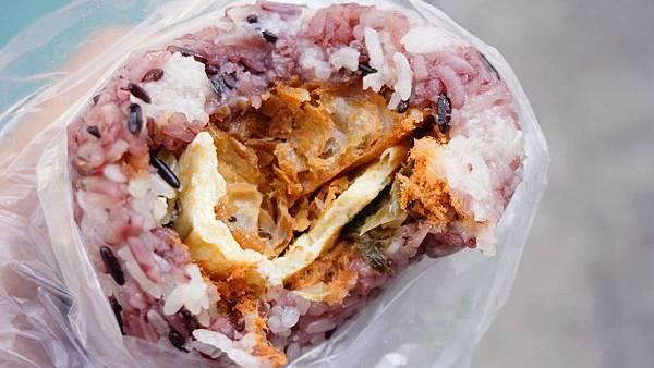 【台北美食】廖家飯糰-隱身在林森北路巷弄裡的超人氣飯糰店