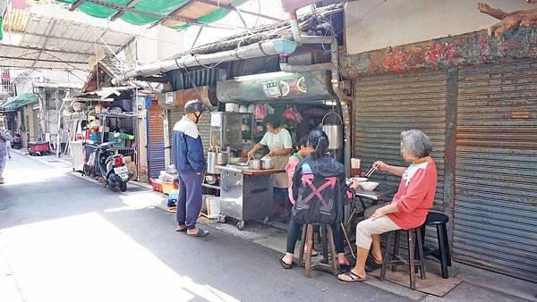 【三重美食】麵麵姨的古早味麵店-隱藏在巷弄裡超過30年老字號美食