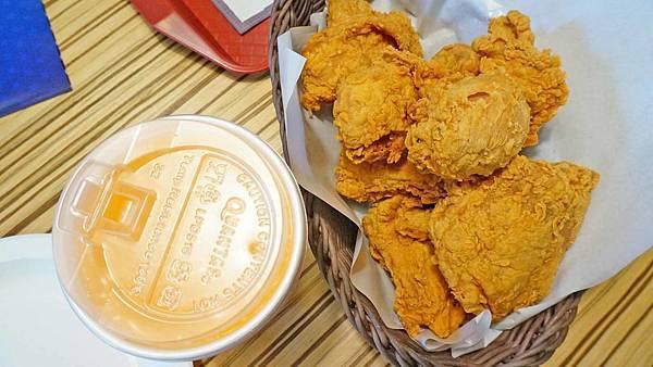 【台北美食】德州美墨炸雞-外皮酥脆裡面滿滿都是湯汁的美式炸雞店