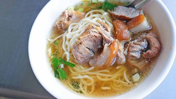 【台北美食】徠北港小吃店-內行人才知道!寧夏夜市裡最好吃的美食小吃店