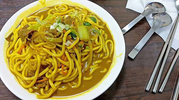 【台北美食】食客家-吃了會讚不絕口的美味咖哩烏龍麵