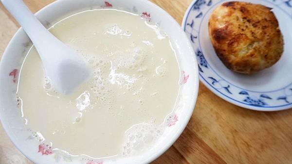 【台北美食】青島豆漿店-吃了都會讚不絕口的美味中式豆漿店