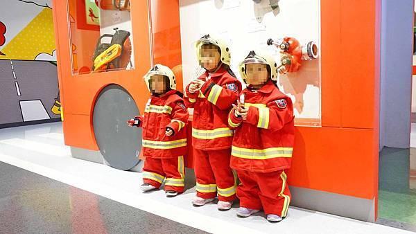【桃園景點】桃園防災教育館-免費室內景點!小小朋友化身消防人員救火體驗