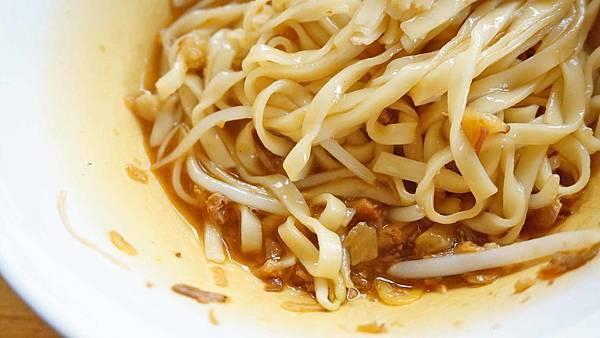 【台北美食】阿雪餐飲-北投捷運站旁的高評價美食小吃店