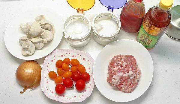 【免出門!在家也能吃到乾淨又衛生的超大顆水餃】瞬食之間美食平台-來萬傳盛水餃