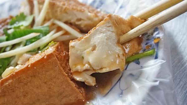 【中和美食】南山路4巷巷口麵攤-無時無刻都在排隊的超人氣排隊小吃店