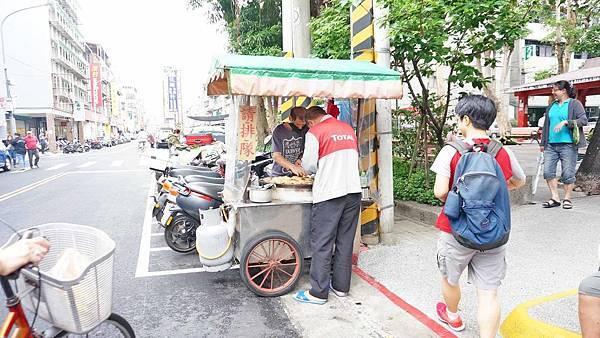 【台北美食】致遠自強街口紅豆餅-5顆紅豆餅竟然只要20元!其它地方看不到的絕版價格
