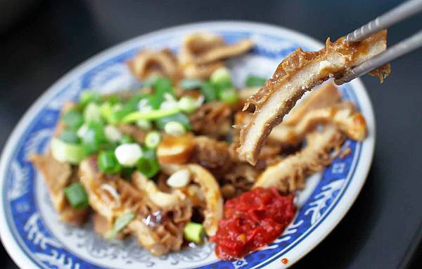 【三重美食】家一牛肉麵-超過30年老字號大份量牛肉麵店