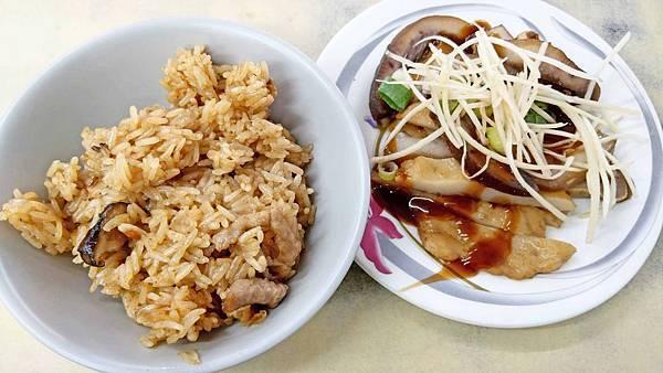 【台北美食】雙享油飯-隱身在巷弄裡的超人氣油飯美食