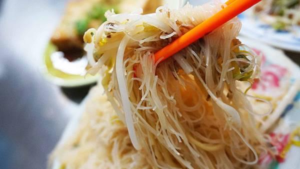 【台北美食】呂巷仔口麵食館-只有附近上班族才知道的隱藏版排隊美食