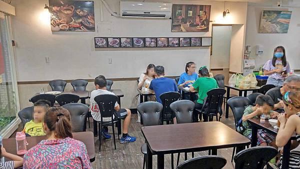 【台北美食】東方泰國小館(士林店)-陽明醫院附近的超便宜又美味的泰式料理店
