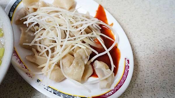 【蘆洲美食】勇伯中山米粉湯-內行人才知道的老字號米粉湯