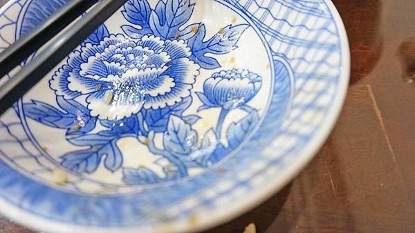 【台北美食】合麟海南雞飯-吃了會讓你讚不絕口的魯肉飯小吃店