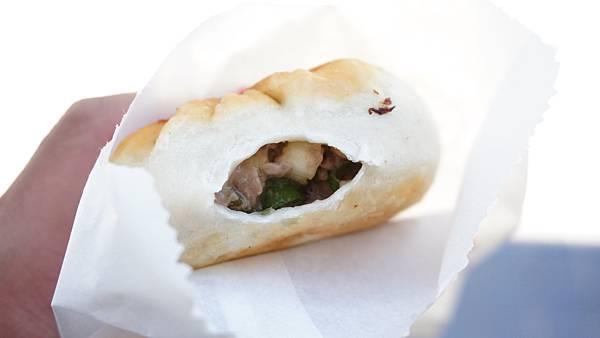 【台北美食】吳記餡餅-咬下去會噴汁的爆湯餡餅