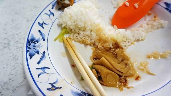 【台北美食】禚家小館-隱身在巷弄裡的超大份量排骨飯