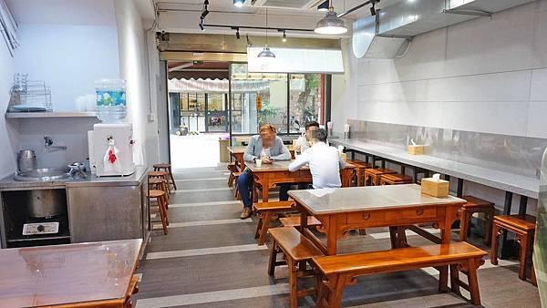 【台北美食】南香排骨-網路上評價極高的美味排骨飯店
