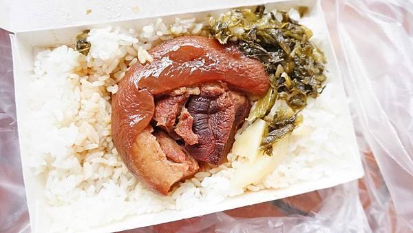 【台中美食】大豐爌肉飯-得過大獎的超人氣知名控肉飯店